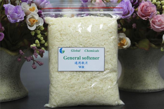 Weak Cationic Softener Flakes Textile Pretreatment Chemicals With Soft Handle