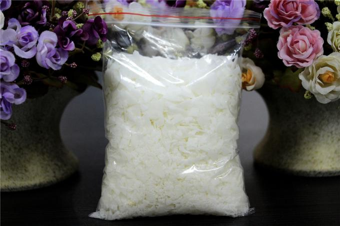 Anti - Static Hydrophilic Nonionic Softener Flakes For Dyeing House SGS